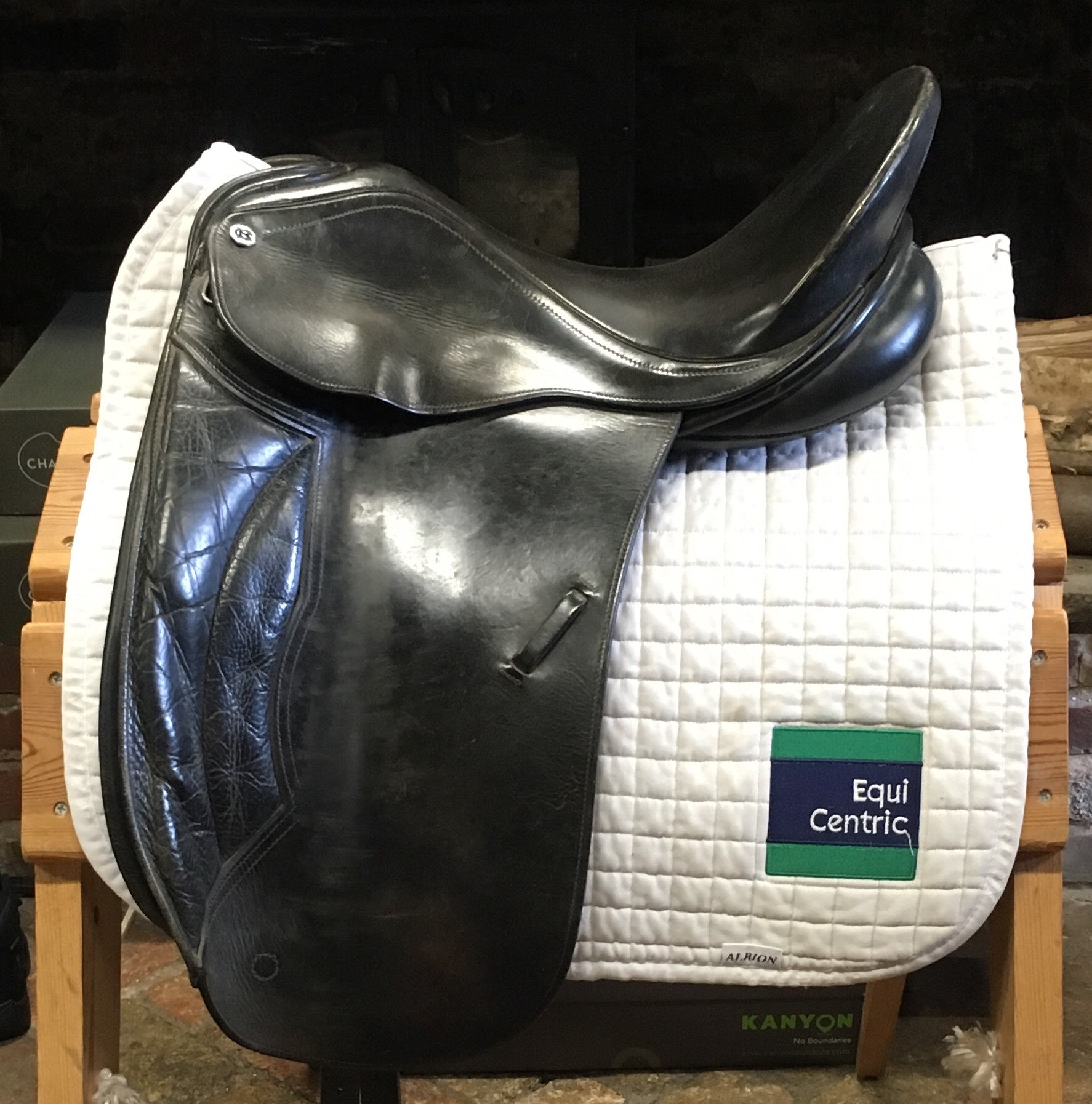 Cliff Barnsby Dressage Saddle No 143 163 250 Equicentric